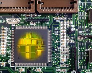 单片机中把部分Flash虚拟成Eeprom使用时,如何延长使用寿命